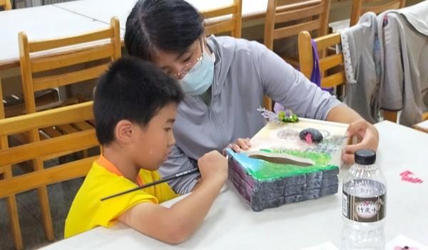 109年度大忠國小新住民學習中心之手工藝製作課程~愛的鑰匙盒,收納一家人的心~