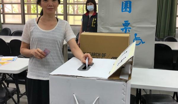臺中市屯區新住民學習中心(東平國小)107年度法令常識課程:「新住民模擬投票」宣導活動